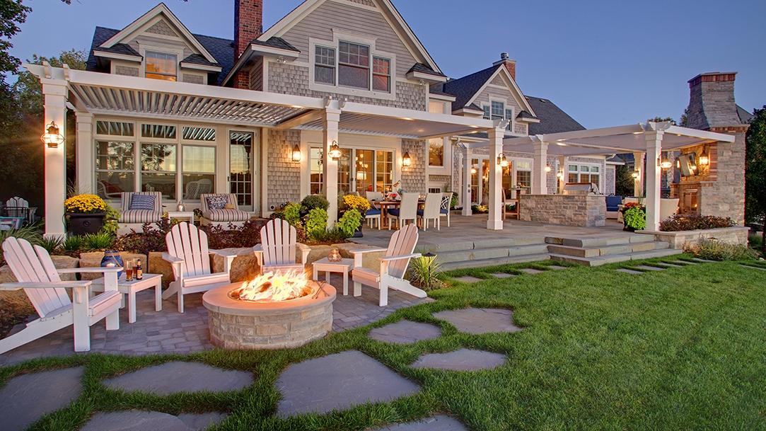 Mom's Design Build - Lake Minnetonka backyard landscape stone patio
