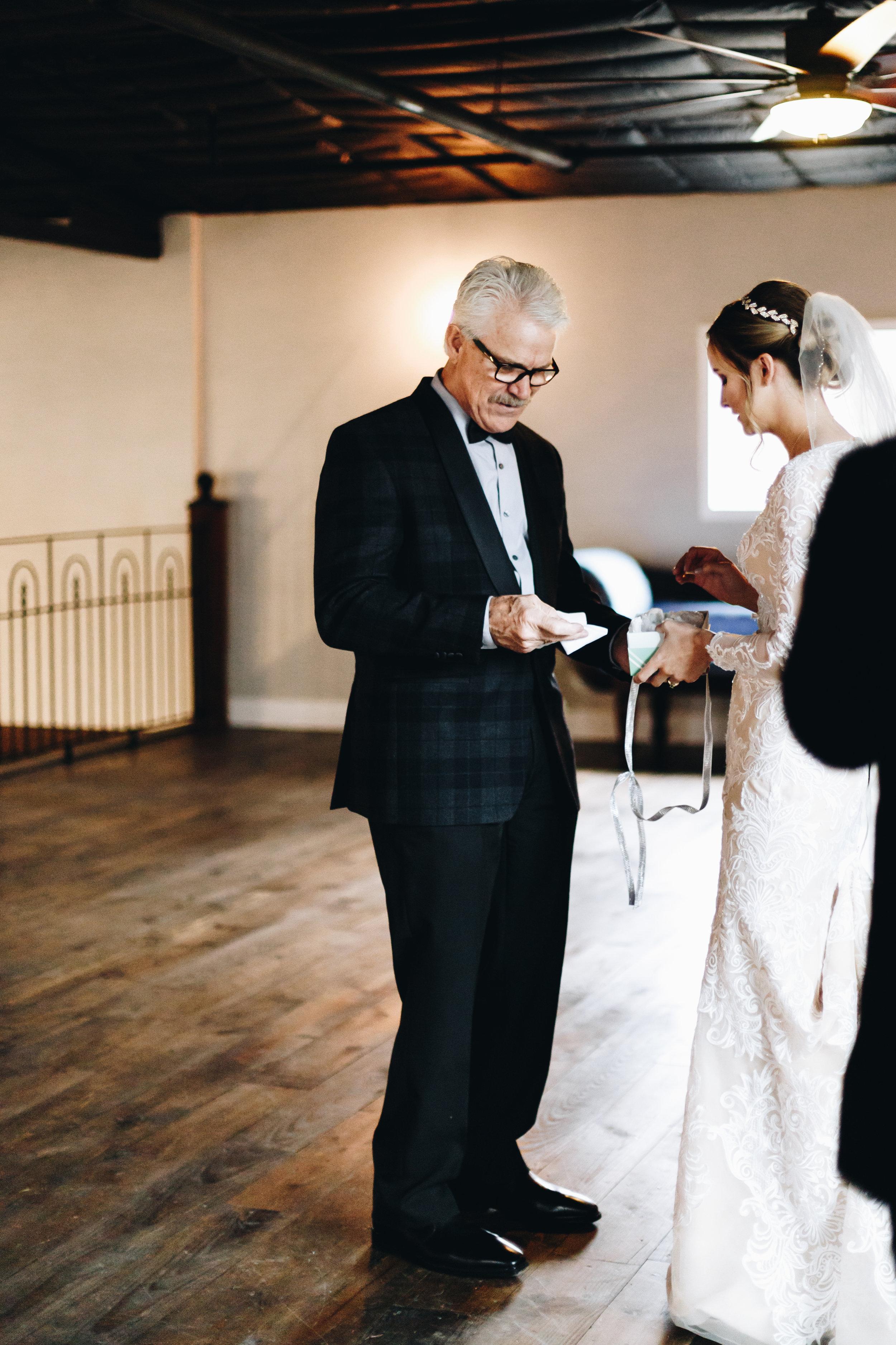 GRAY WEDDING-104.jpg