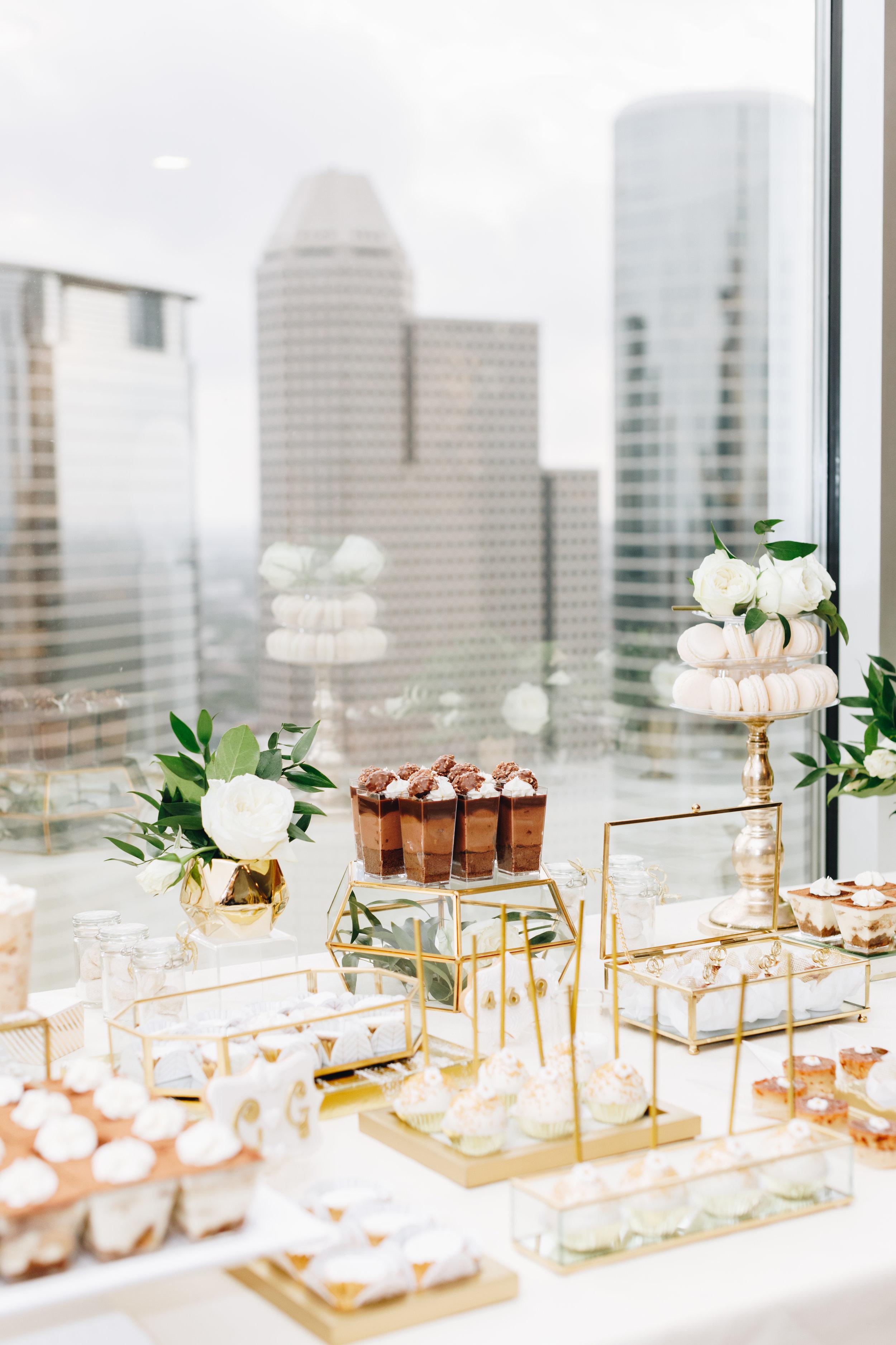 Petroleum Club of Houston Wedding-42.jpg