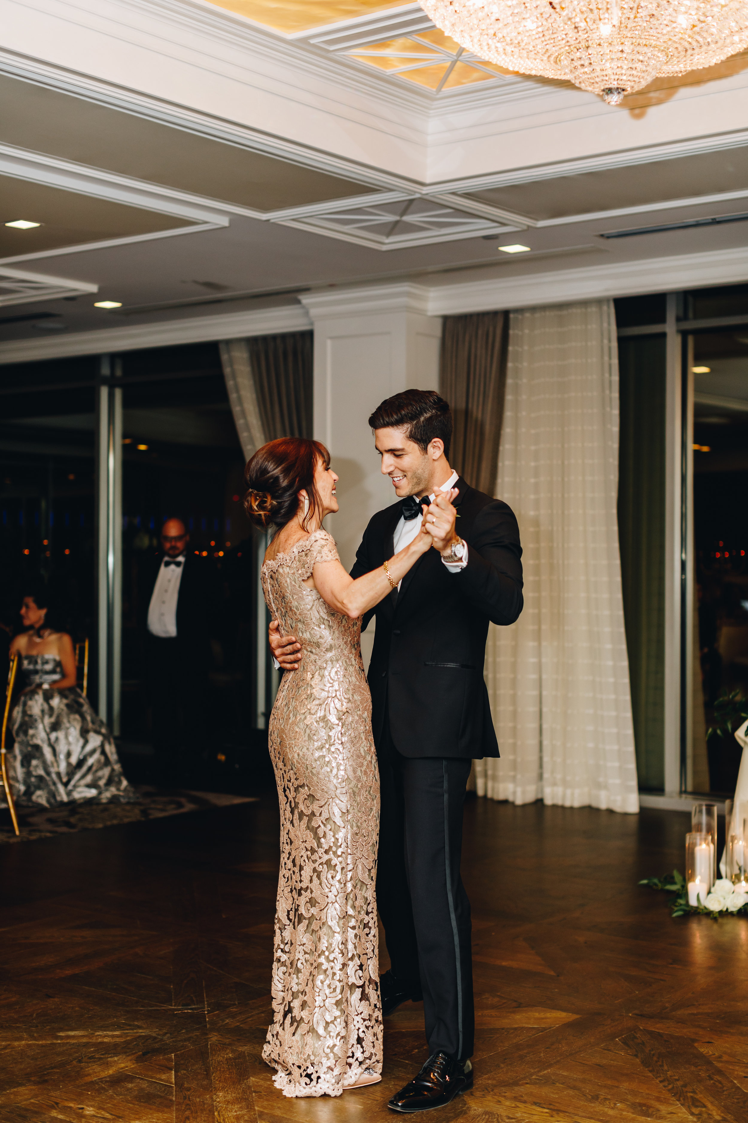 Petroleum Club of Houston Wedding-68.jpg