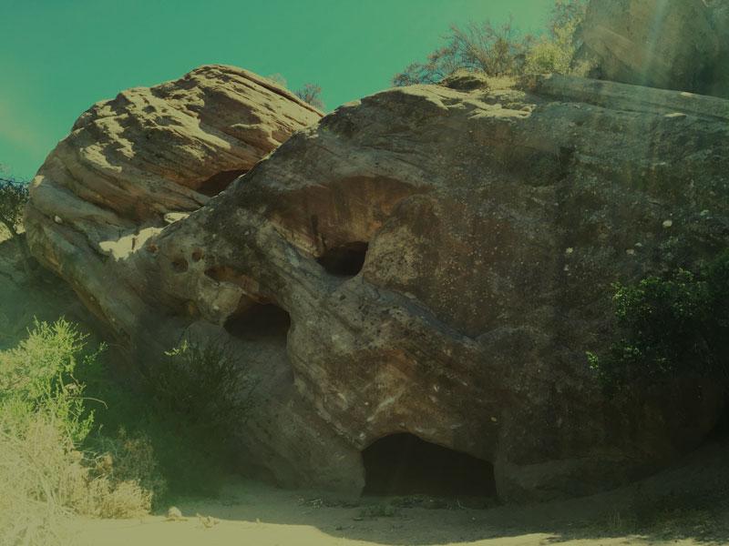 Daniel_Rolnik_Foundation_Alden_Marin_red_rocks_canyon_cave.jpg