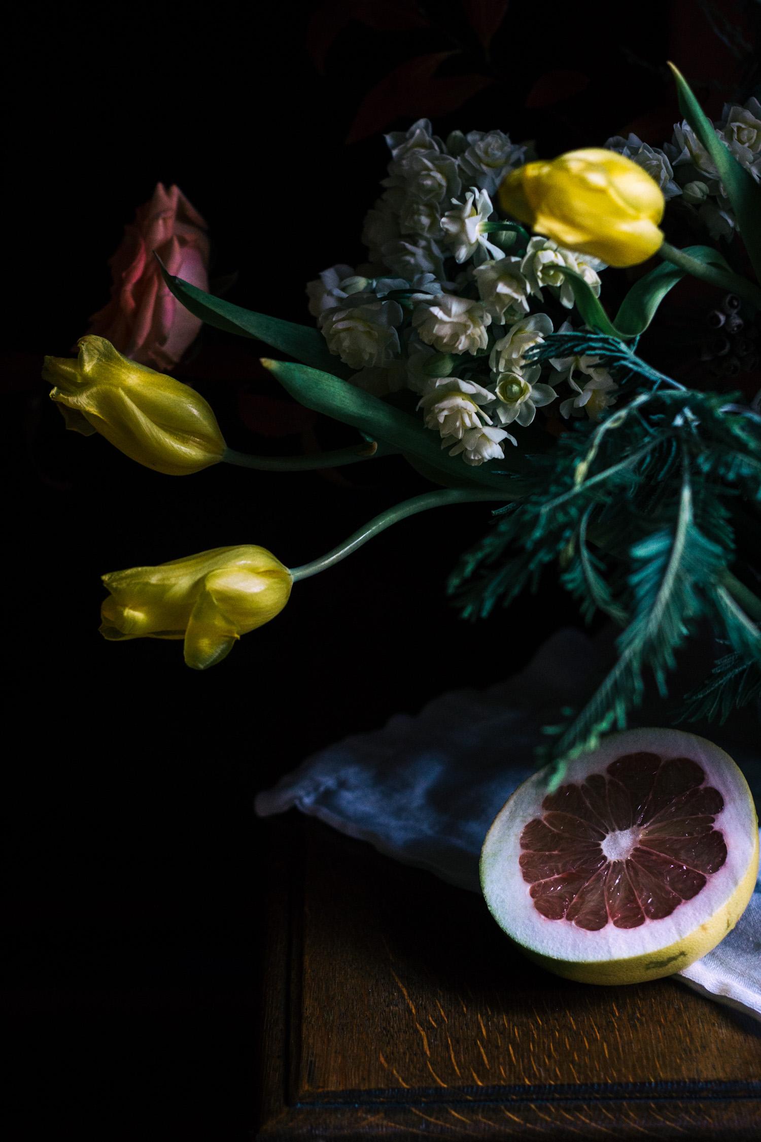 stilllife_fleurs_tulip & grapefruit (2 of 1).jpg