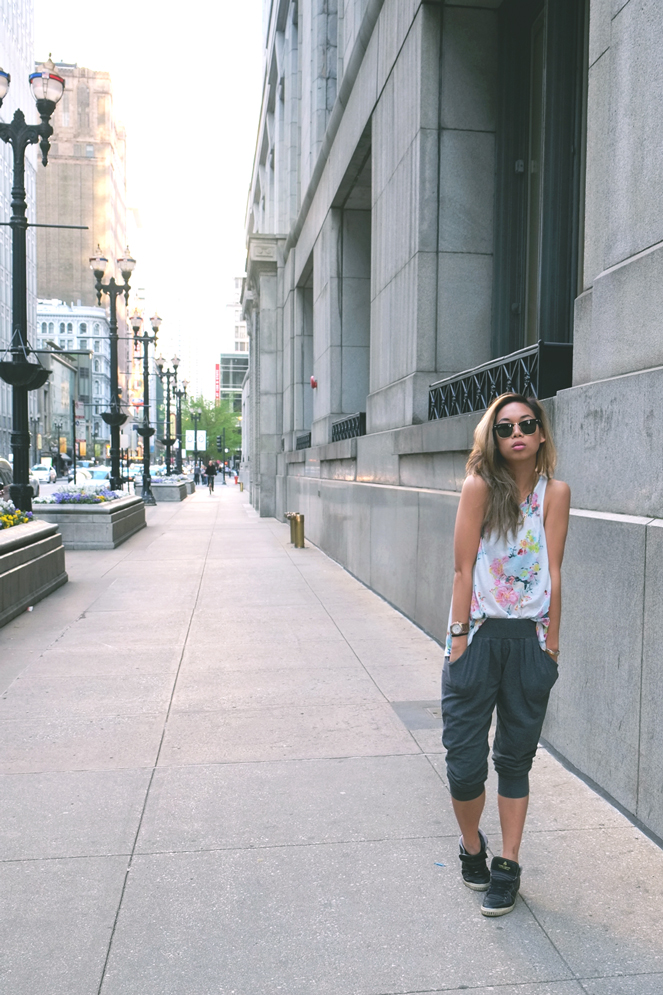 downtownlounging_02