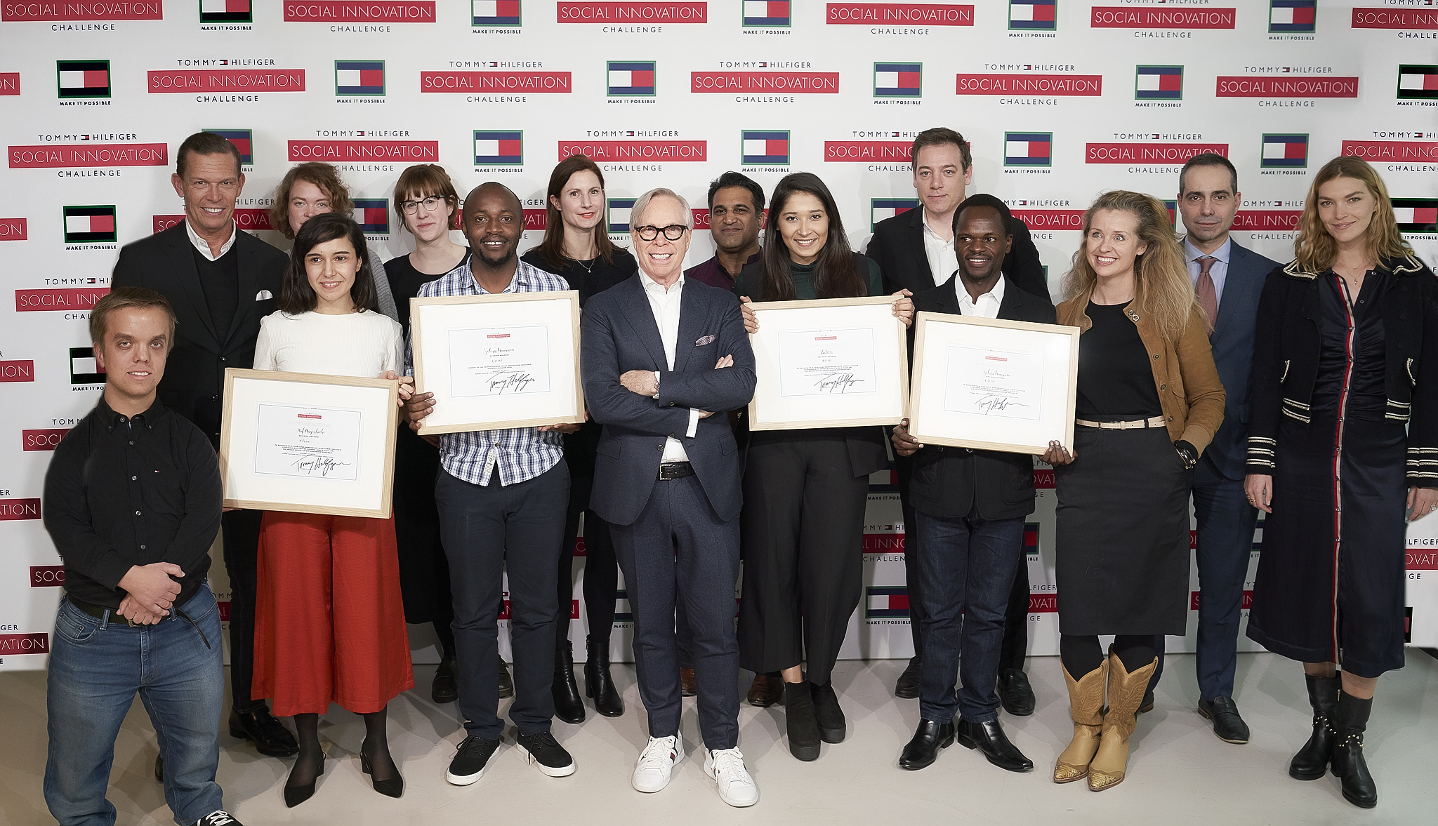 The prestigious jury panel and TOMMY HILFIGER Social Innovation Challeng... (1).jpg