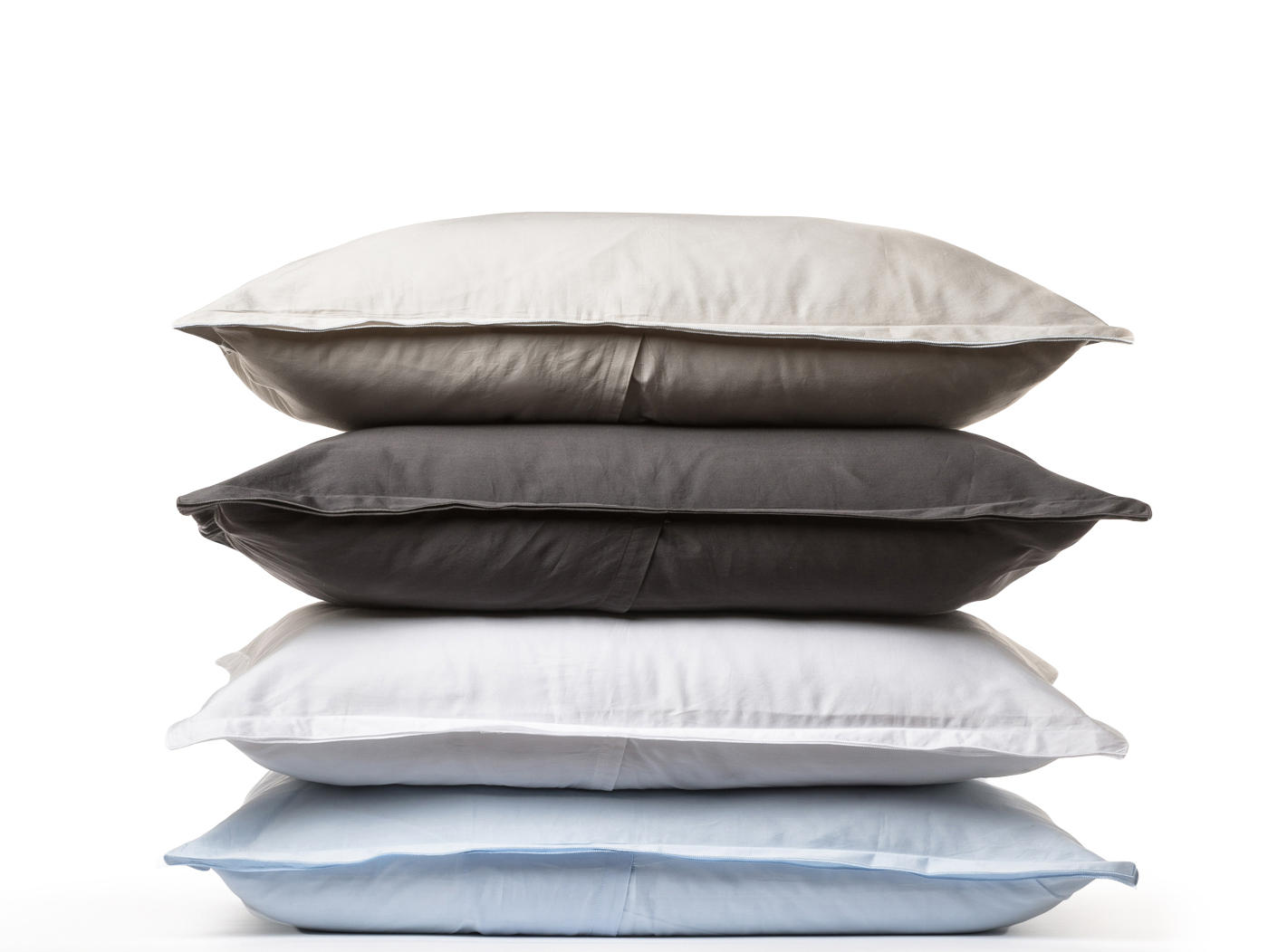 PARACHUTE BEDDING INCLUDES PILLOW CASES HAVE AN ENVELOPE CLOSURE ON THE BACK FOR A STYLED LOOK. AVAILABLE COLORS ARE SAND, SLATE, WHITE, POWDER AND NAVY