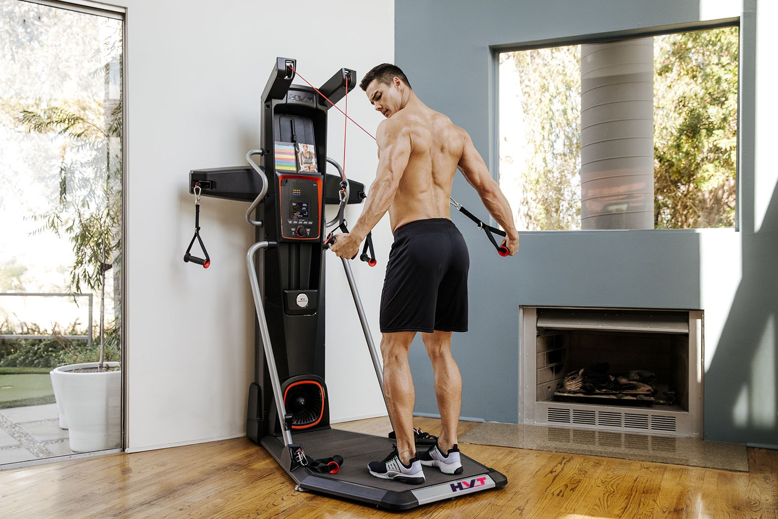 FOR THE  BOWFLEX HVT  YOU CAN FOLLOW THE GUIDE BOOK - BUT NO STUDIO CLASSES