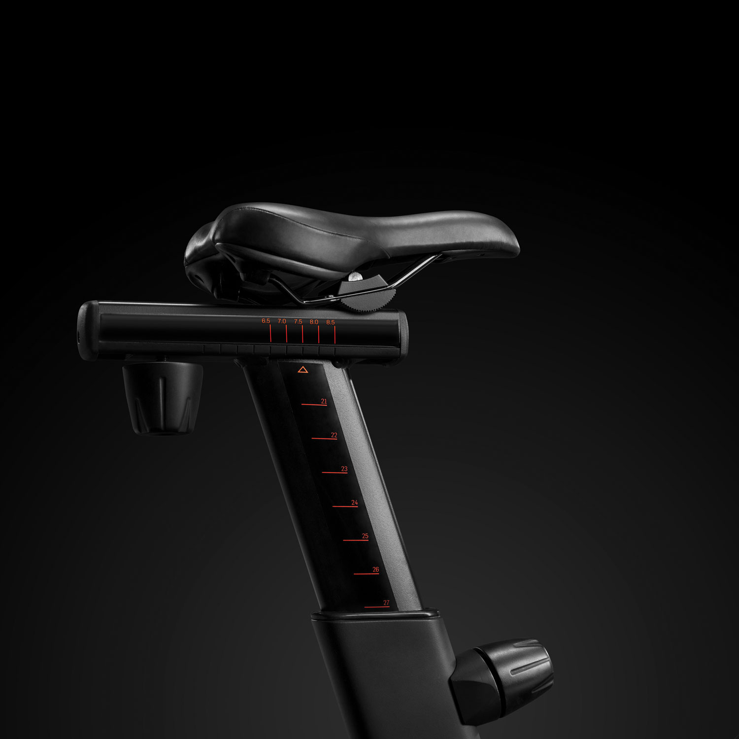 Vertical and horizontal adjustable saddle