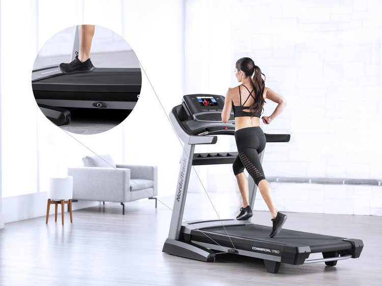 commercial-1750-wide-running-deck-with-flex-cushioning-1500.jpg