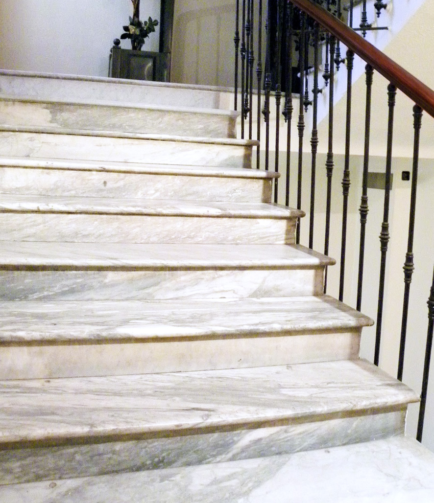 staircase_renovation_dallas_2.jpg