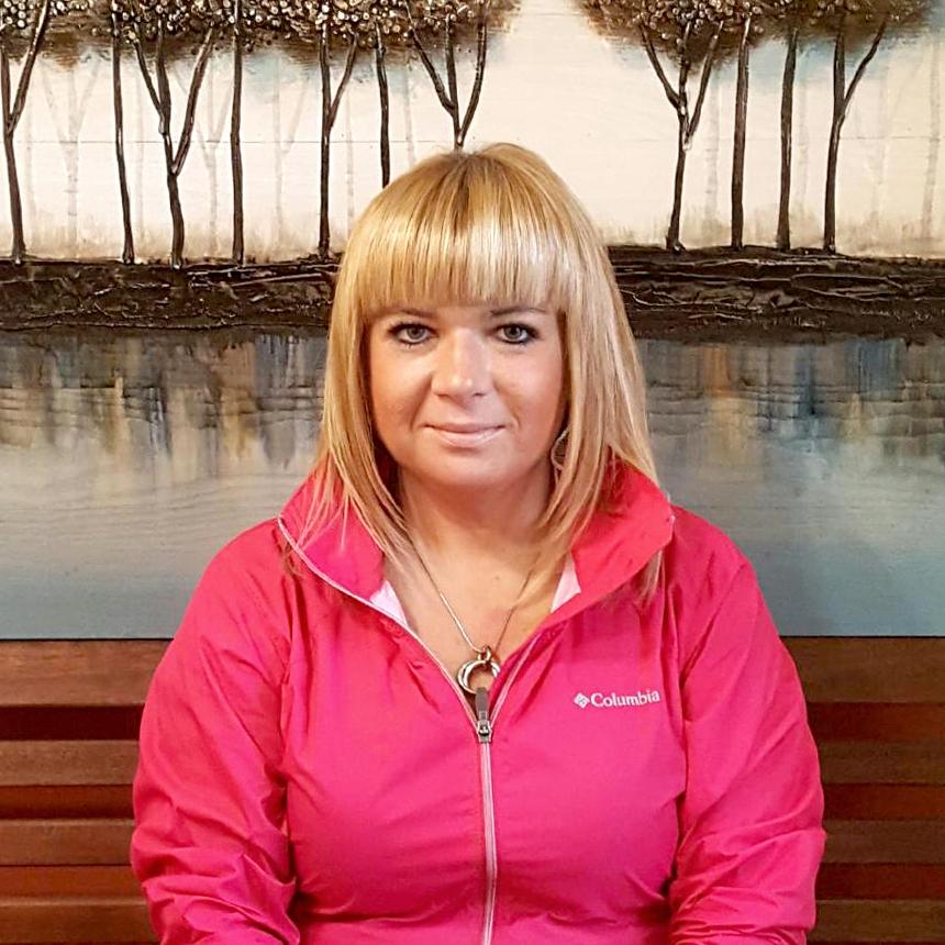 Beata Marcus, Salon Owner
