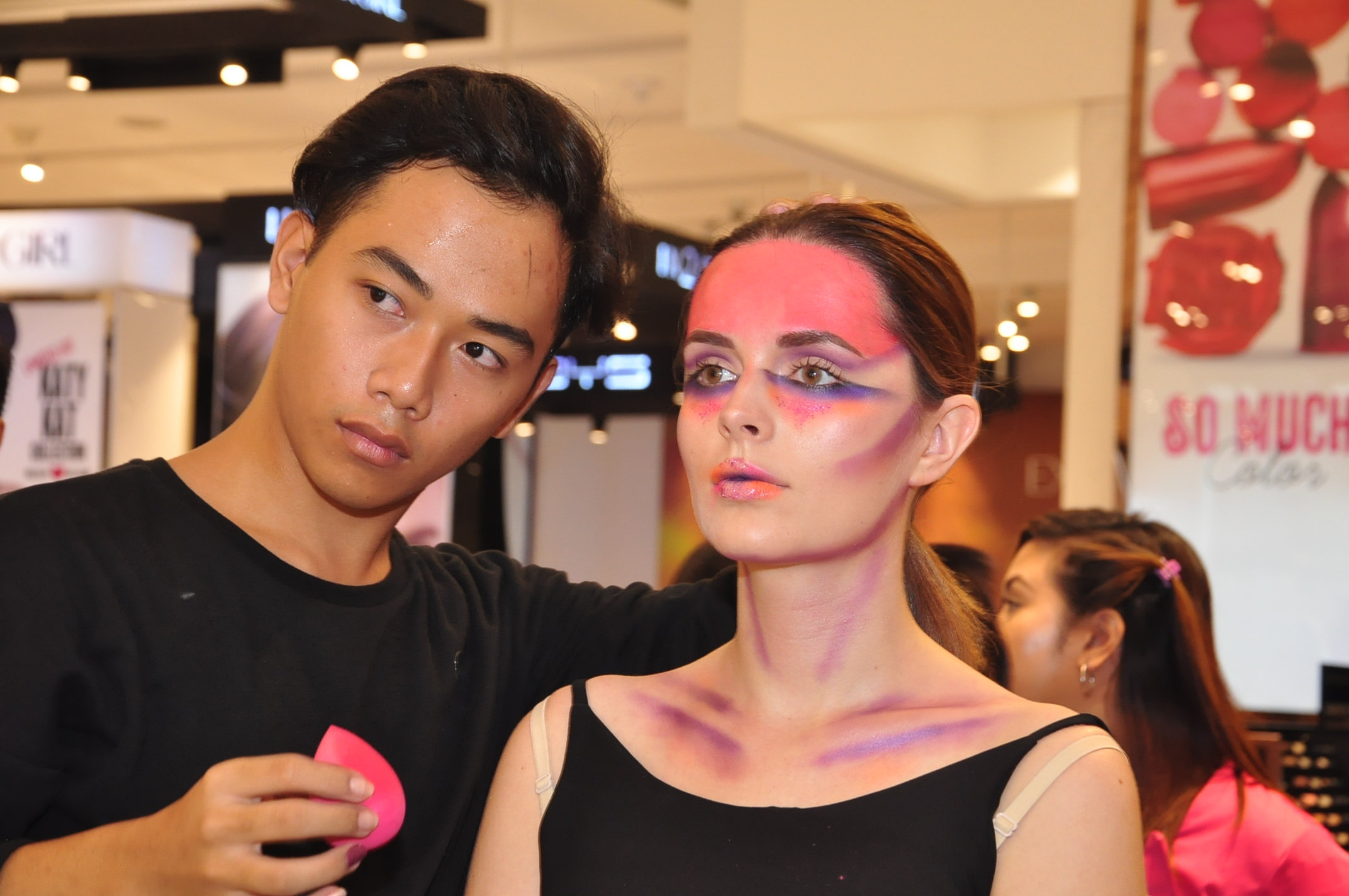 Zidjian Floro with Model Sandra Ma