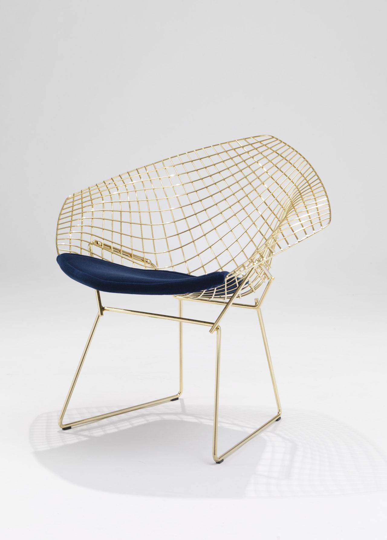 0a_diamond_chair-gold-by-harry-bertoia_0216_mdw16_yatzer.jpg