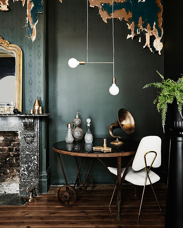10-examples-of-the-Green-Walls-Trend-Eclectic-Trends