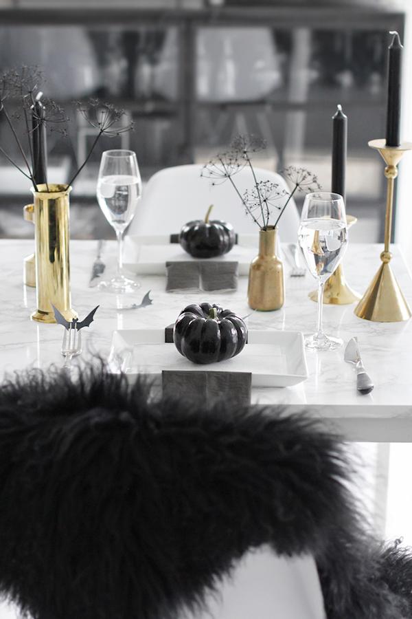 helovino-stalo-dekoras