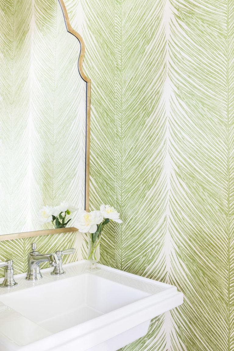 2017-metu-spalva-zalia-vonia