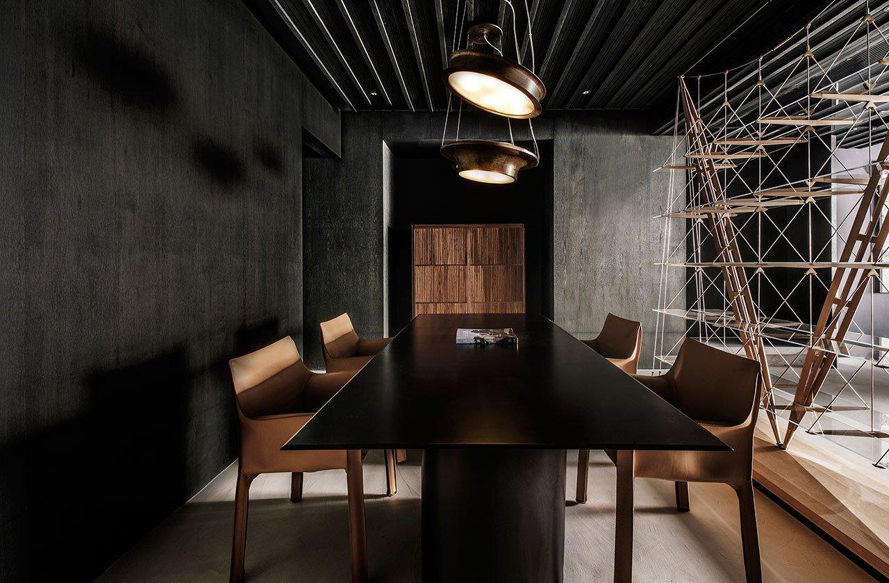 minimalistinis-stalas