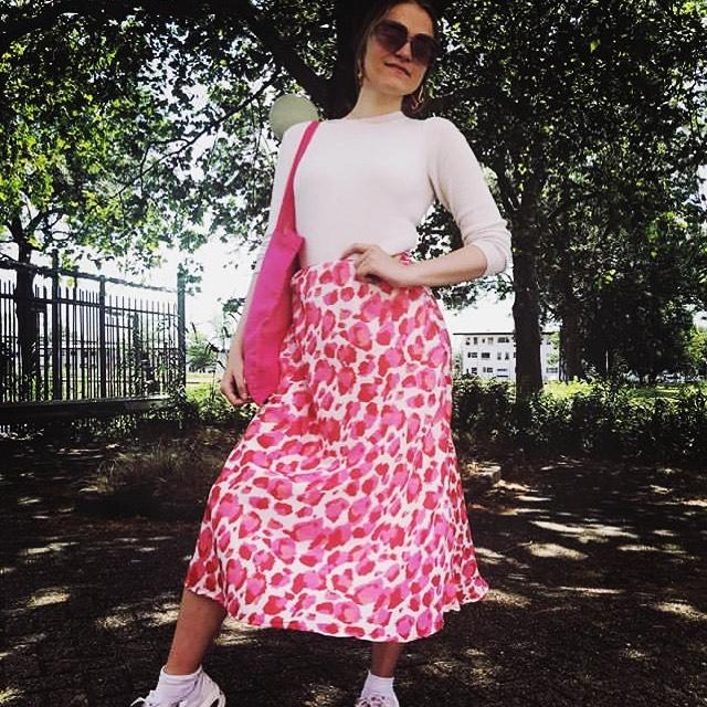 Looking great !!!!!💕💕 Rok 39,95 . . . . . #proostinoost #sunshine #nice #pink #amsterdamshopping #terrasje #cheetah #summervibes #pashokjeamsterdam #beukenpleindaarmoetjezijn #javastraatamsterdam #sumatrastraat