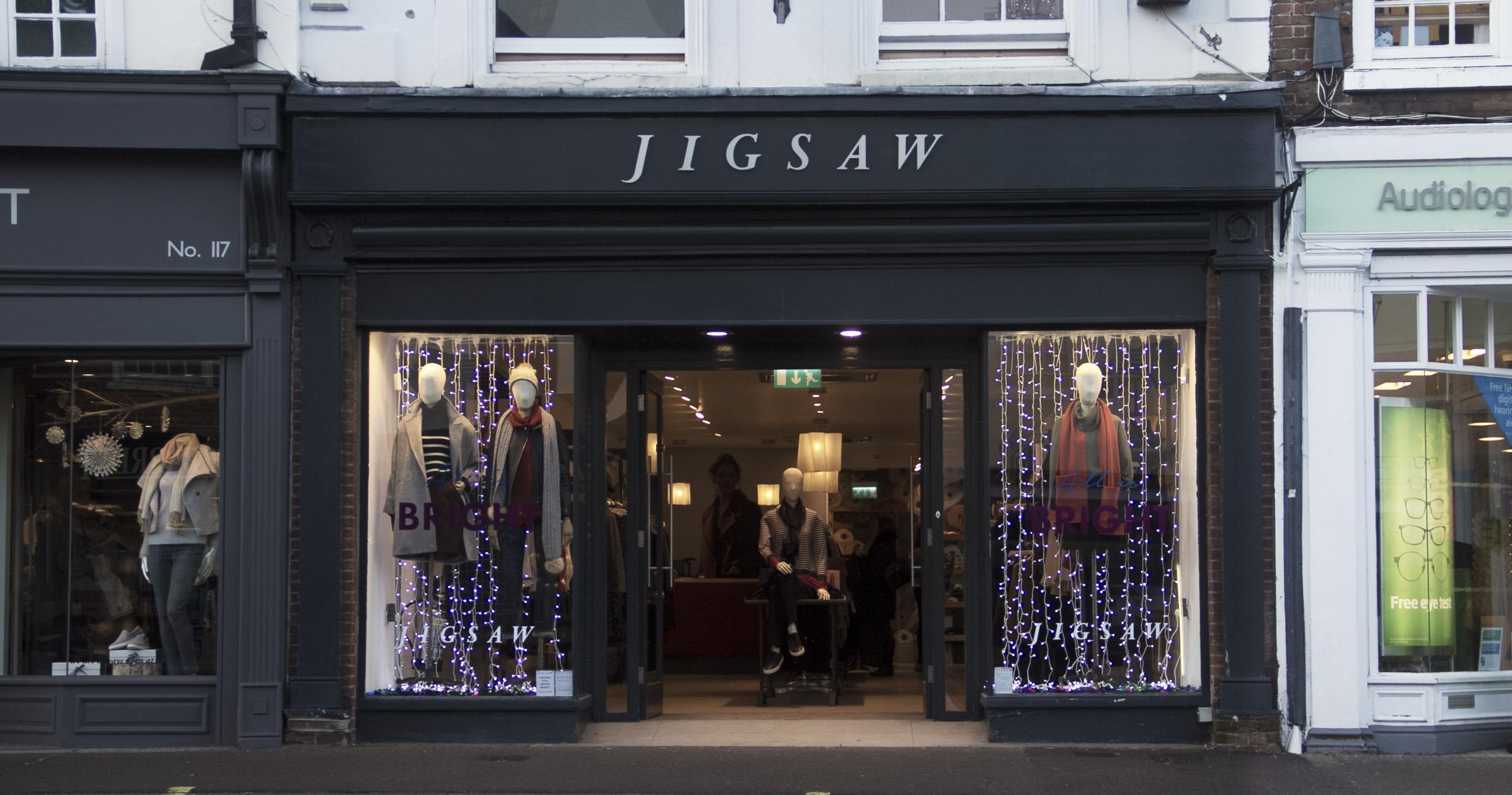Jigsaw Farnham Christmas Windowjpg