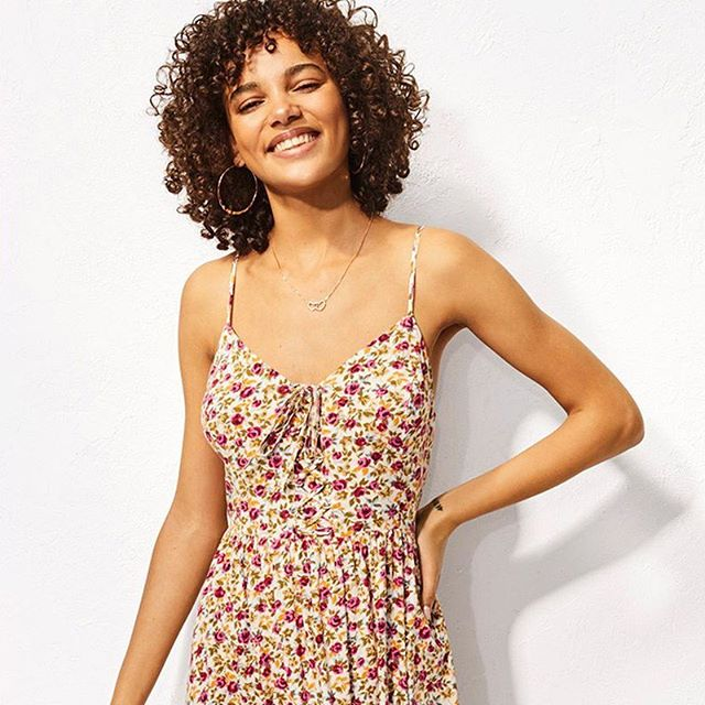 THE DRESS SHOP - New blooms, midis and button-throughs this season at @NewLookFashion  https://bit.ly/2Rjz3aX