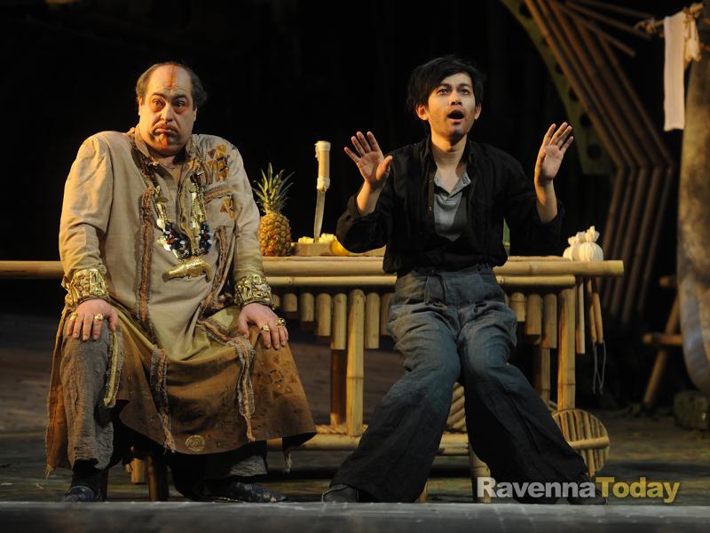 2012年2月法国南希洛林国家歌剧院 罗西尼歌剧《意大利女郎在阿尔及尔》.jpg