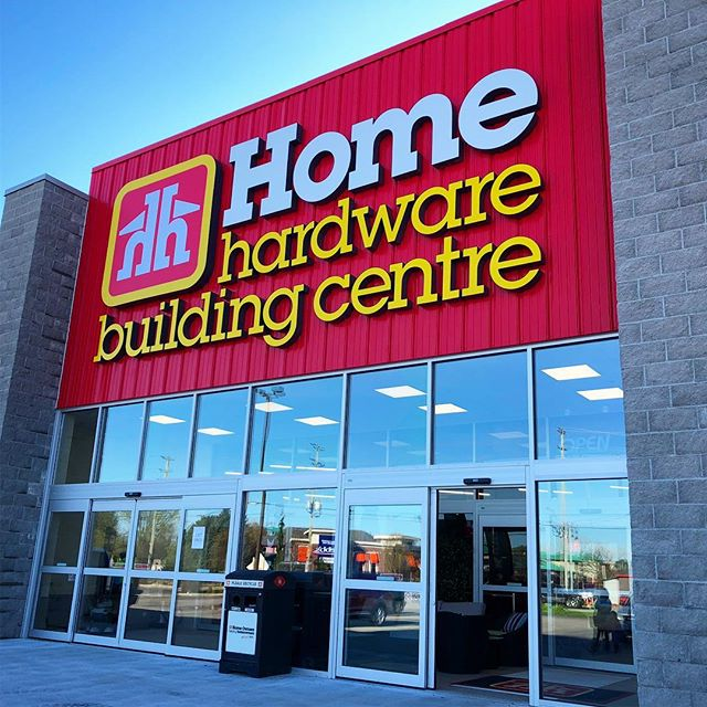 🚧 Post-Construction Window Cleaning at @homehardware