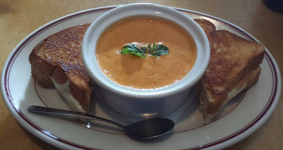 Grilled Cheese Sandwich and Tomato Soup, soup and salad, caesar salad, nicoise salad, house salad, chef salad, chicken wild rice soup, tomato basil soup, best soups, beef chili