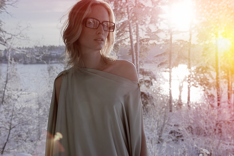 The typical Ingmar Bergman heroine in a swedish winter landscape (click on the image to see the full project)