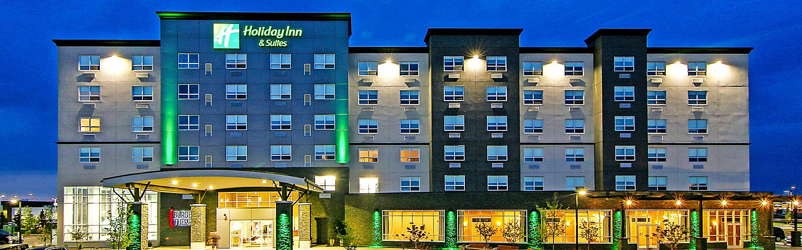 holiday-inn-hotel-and-suites-calgary-5635627472-16x5 (1).jpg