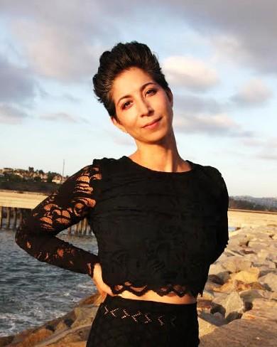 Aviva Stanoff headshot..jpg