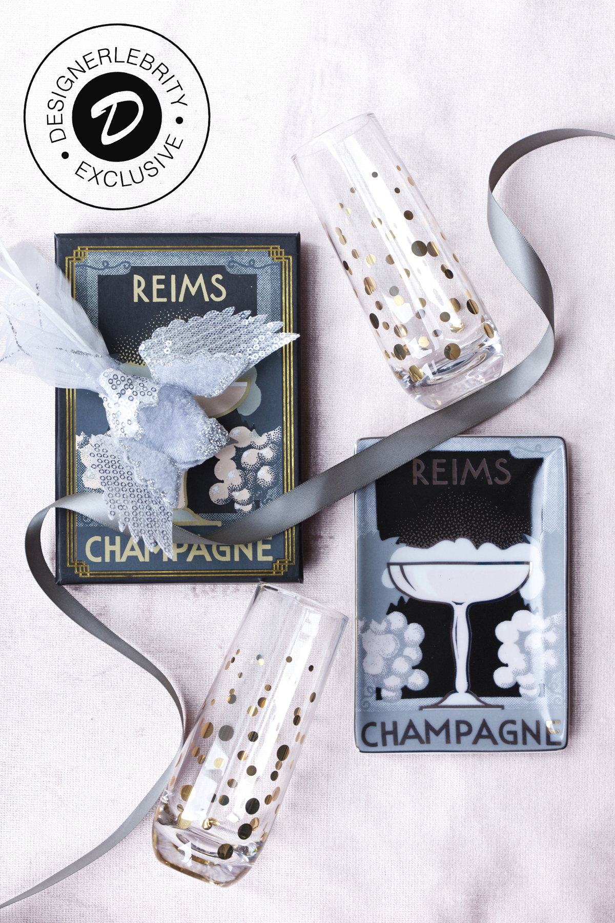C&V BOX STANDARD INCLUDES: - ~ Two (2) Stemless Champagne Flutes by Abbott~ One (1) Reims Champagne Tray by Rosanna~ One (1) Velvet Bird Ornament by Abbott~ One (1) House and Home Magazine Dec IssuePrice: $43 (approximately USD) $54.95 Canadian
