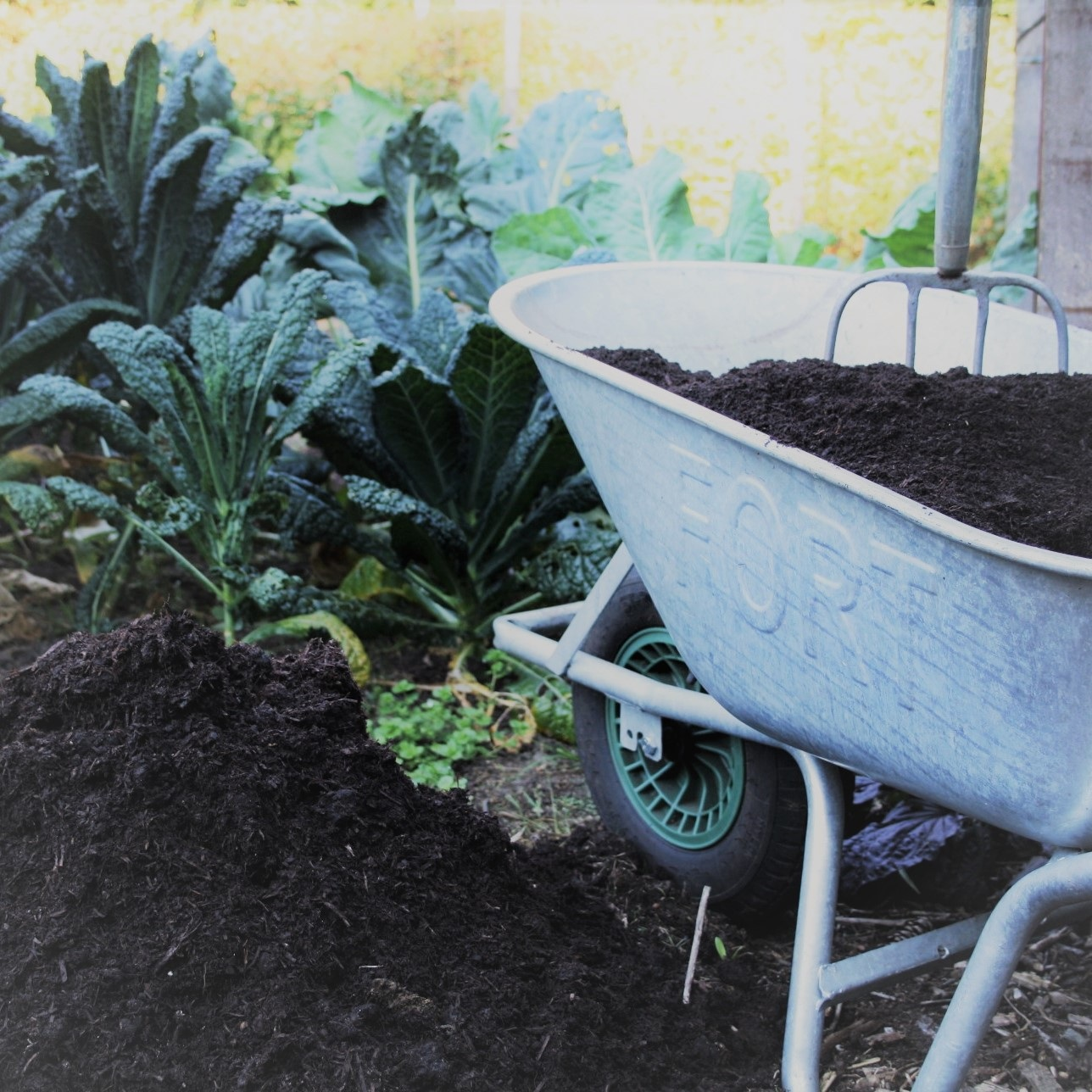 Bio-kultura - 10% korting met de code 'klookertuinieren' op alle tuinaarde, potgrond en mestcompost.