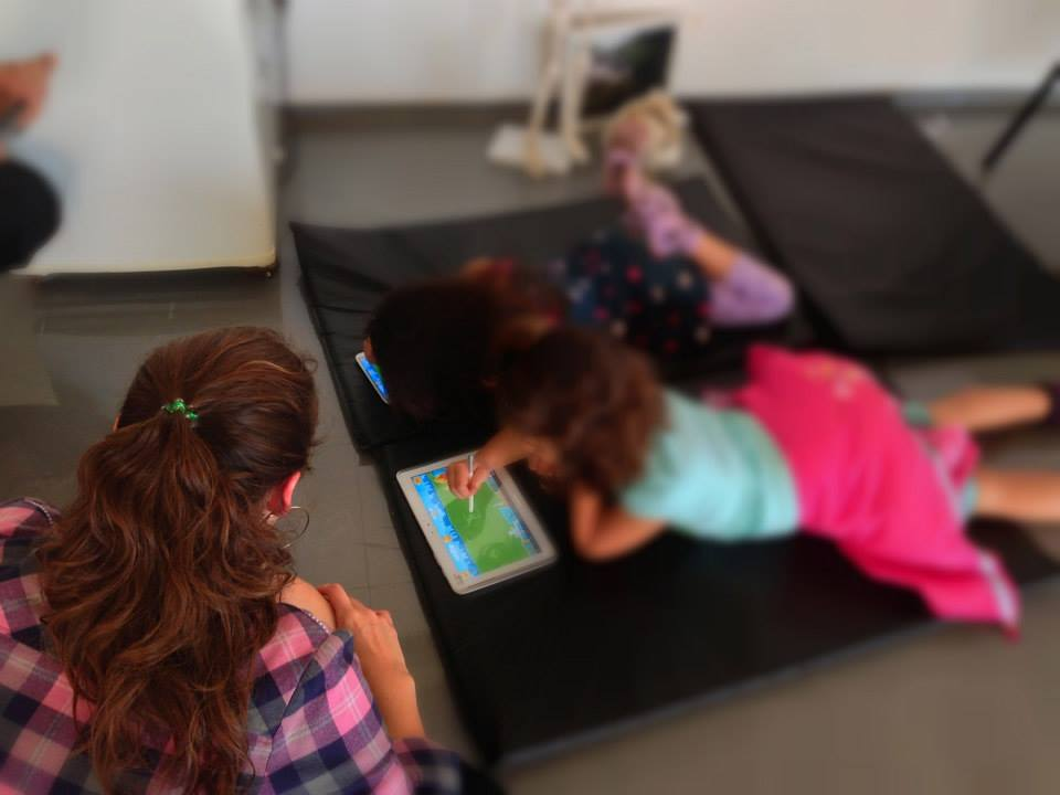 Conducting usability tests with 6 years-old children.