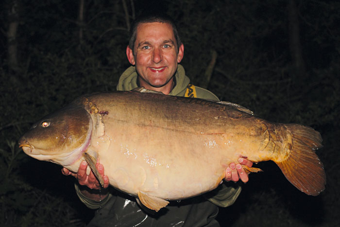 Small Tail Mirror 49lb 2oz+.