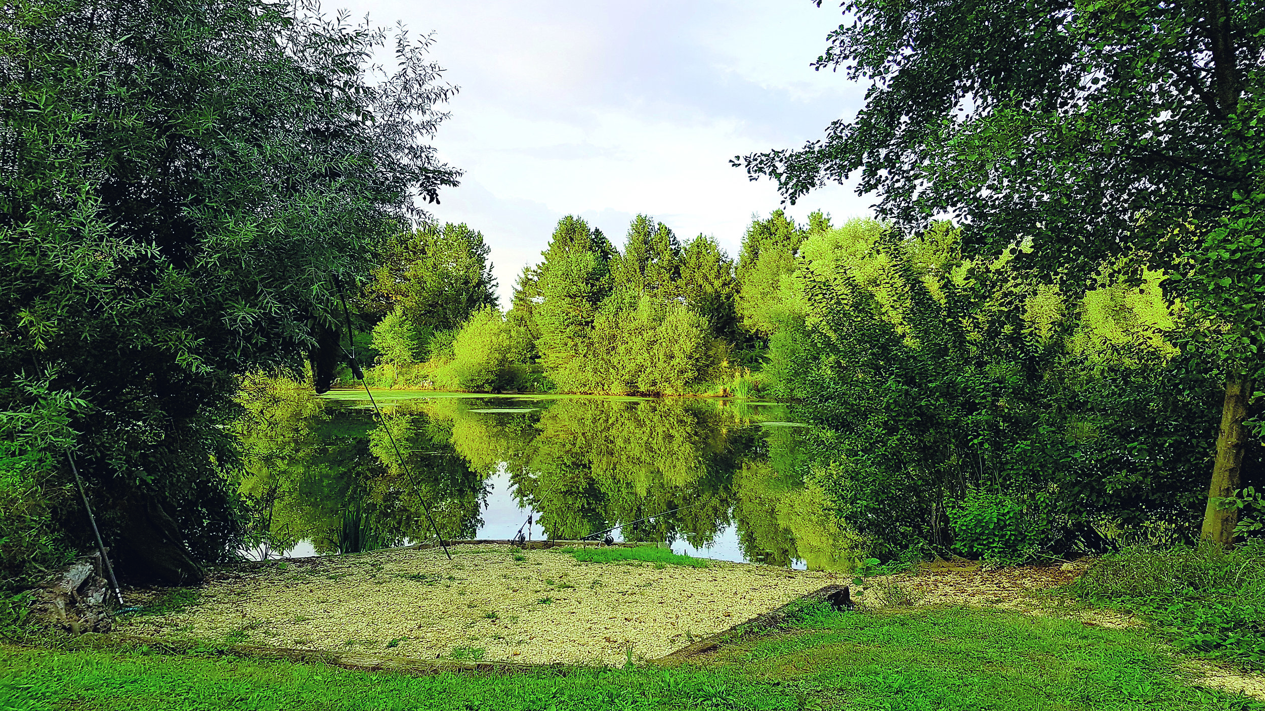 Fishery Fact File and Contacts - Owners: Marcus and Bianca WetzlUK contact address: North Grove Long Lane, Fowlmere, Royston, Herts. SG8 7TGFishery address: Les Lacs Du Verger, Etang 87, Rue du Canal, Vitry-en-Perthois, near Vitry-Le-Francois, 51300, FranceUK telephone contacts: Landline 01763 208699, Mobile 07833 098209Email contacts: bianca@champagnecarping.com marcus@champagnecarping.comWebsite: www.champagnecarping.com