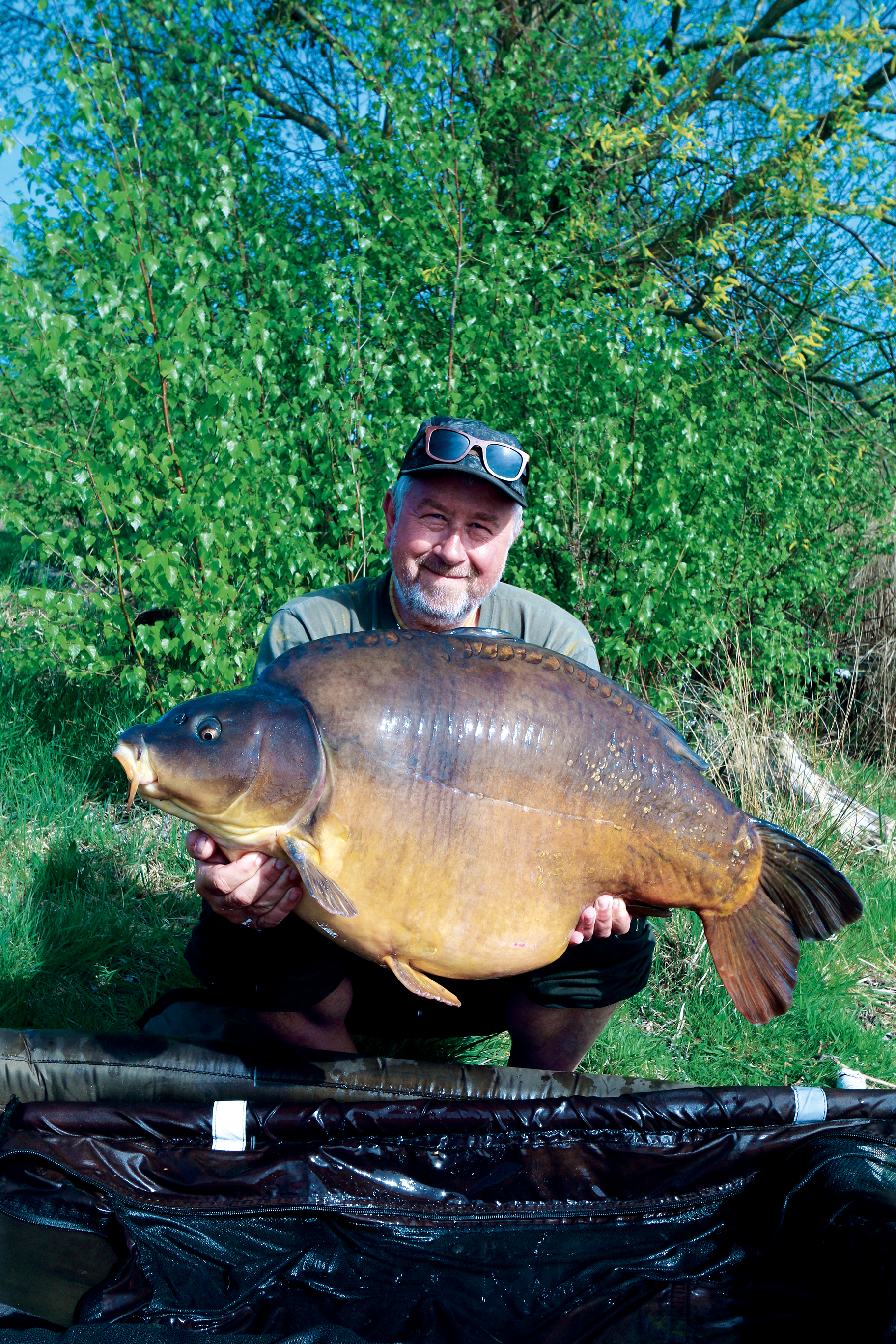 It was a lovely big chunk of a mirror and the best of the week!