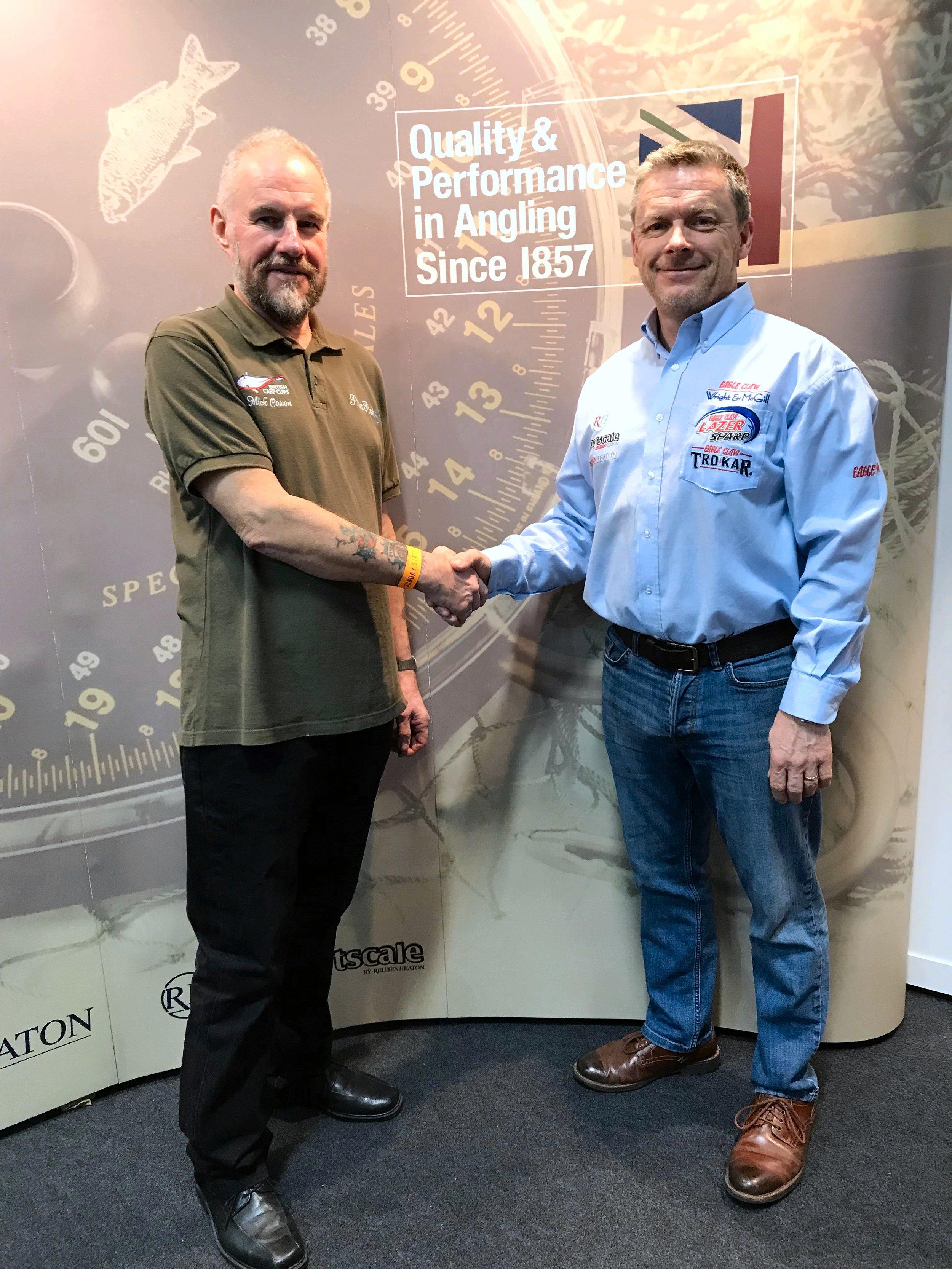 British Carp Cups - Mick Coxon Handshake at NAS7.JPG
