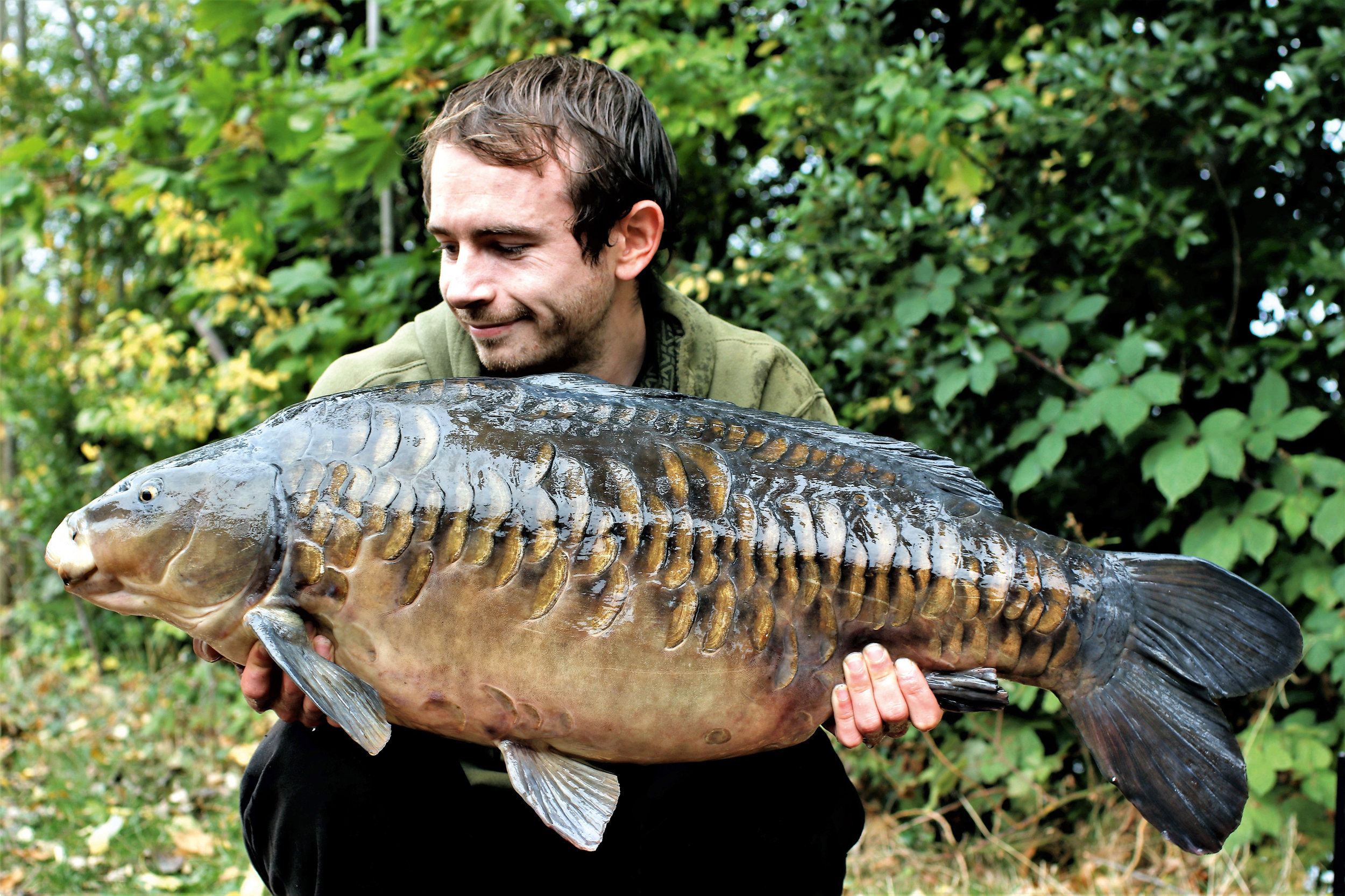 PIC 24- A simple immense carp and a fine way to end his time on Wraysbury.jpg