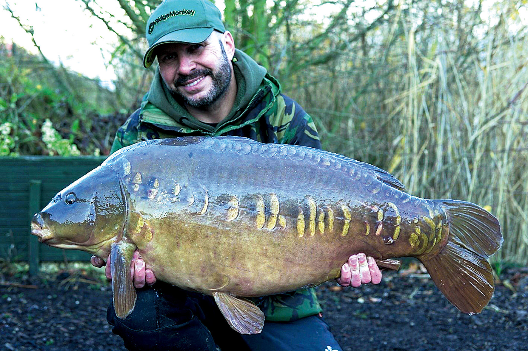 A winter 45-pounder for Dave, this time his 4x4 rig did the honours... 4 inch hooklink, 4oz lead