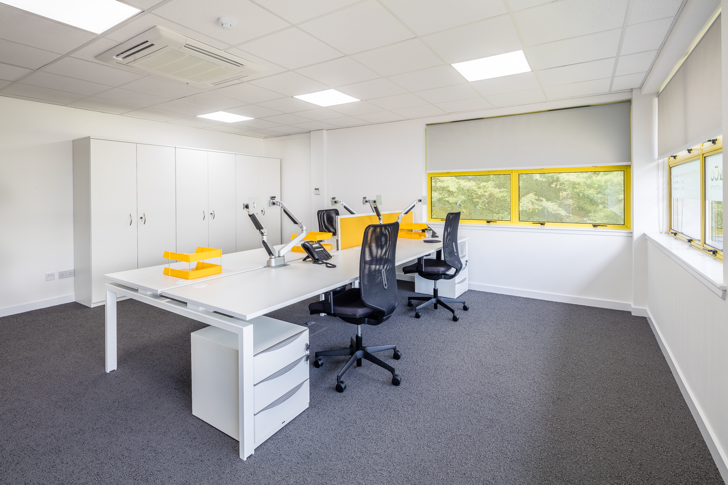 open plan office with bench desking.jpg