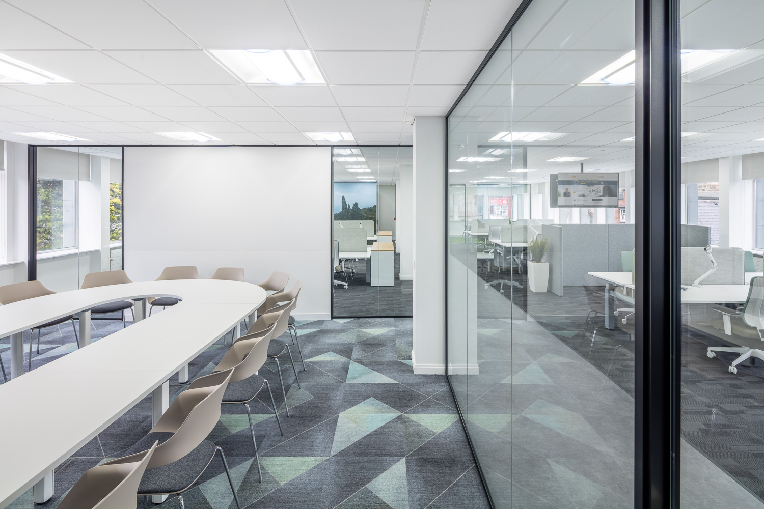 office glass partitioning wall Stirling.jpg