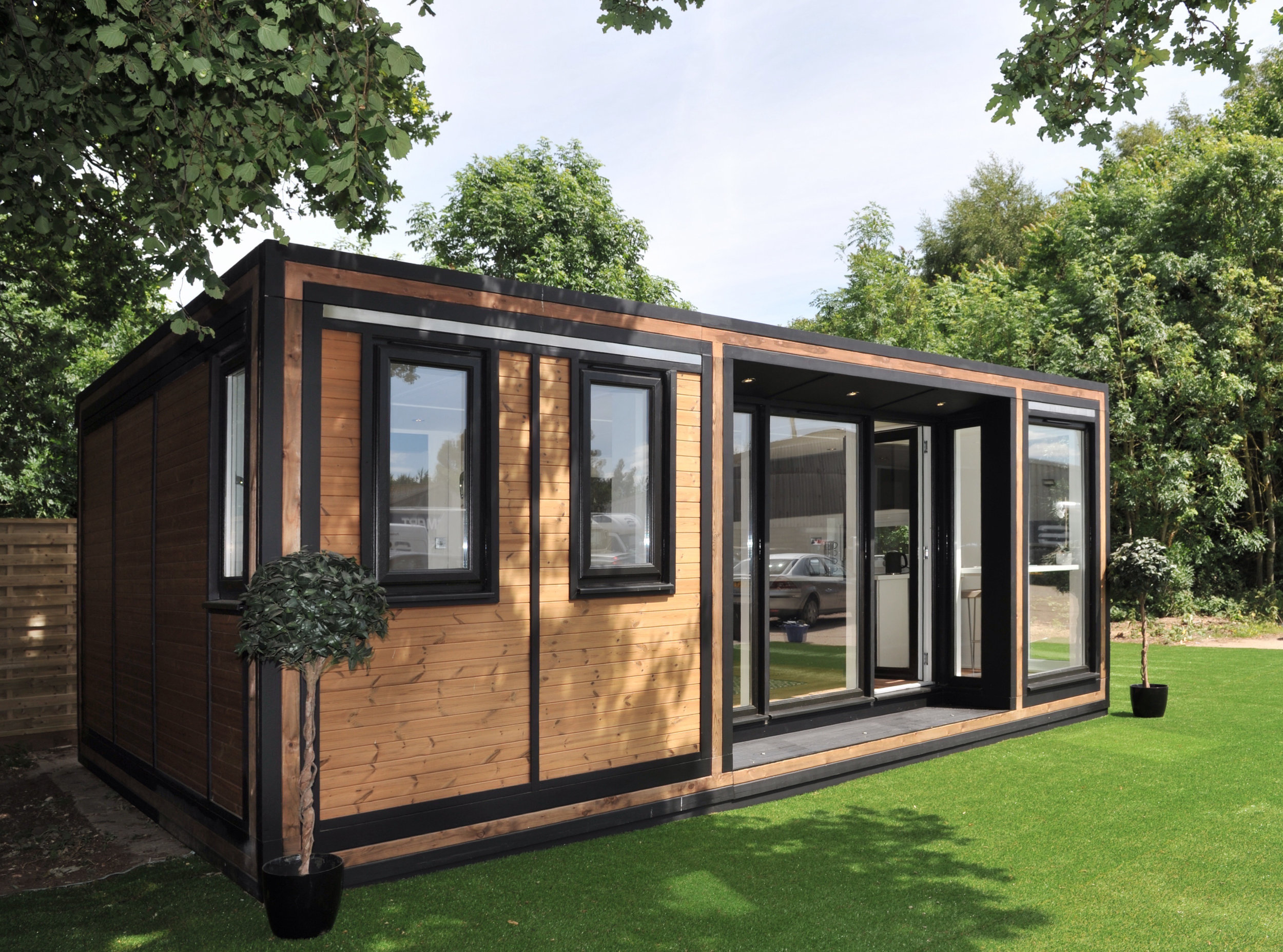ZEDBOX 635  (6 x 3.5)  Internal Size: 6401 x 3791  External Size: 6871 x 4261  Bed Options: Single or Double  Kitchen Options: Micro or Premier  Wet Room Options: Yes  Portico: Yes  Price:  £32,000    Optional Extras    Request Zedbox Catalogue