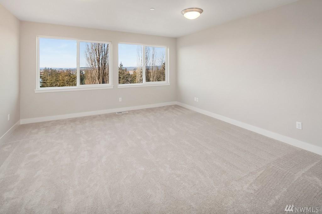 6012 Upstairs Room.jpg