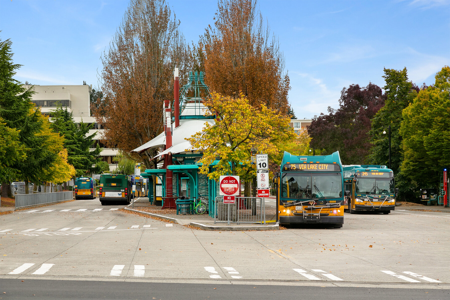 Transit-Station_Victory-Heights.jpg