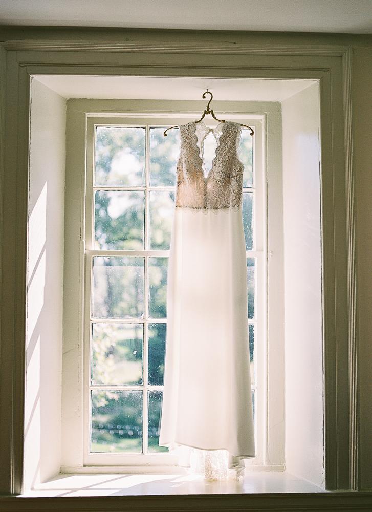 Fall Wedding Duportail House-Chesterbrook, PA | Lisamarieartistry.com (8 of 51).jpg