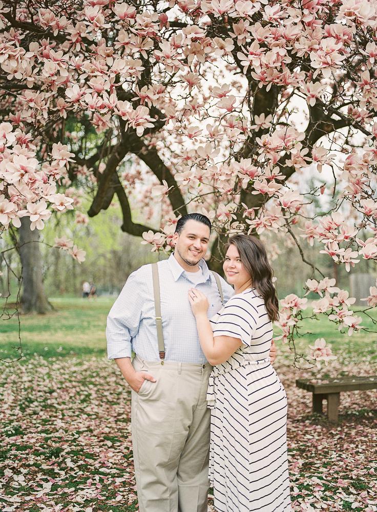 Spring Engagement Shoot at Oakbourne Mansion & Park | Lisamarieartistry.com (18 of 29).jpg
