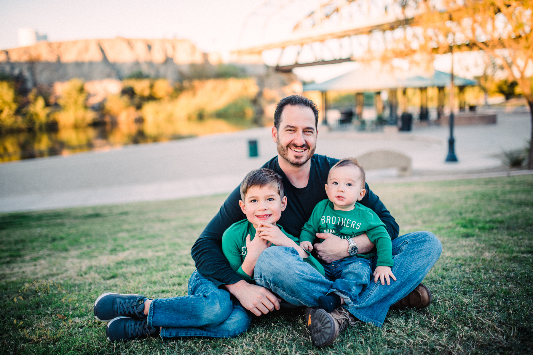 Family Photos in Gateway Park