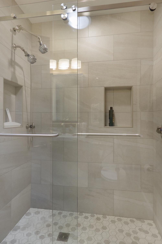 Givler_Hall Bath 2.jpg