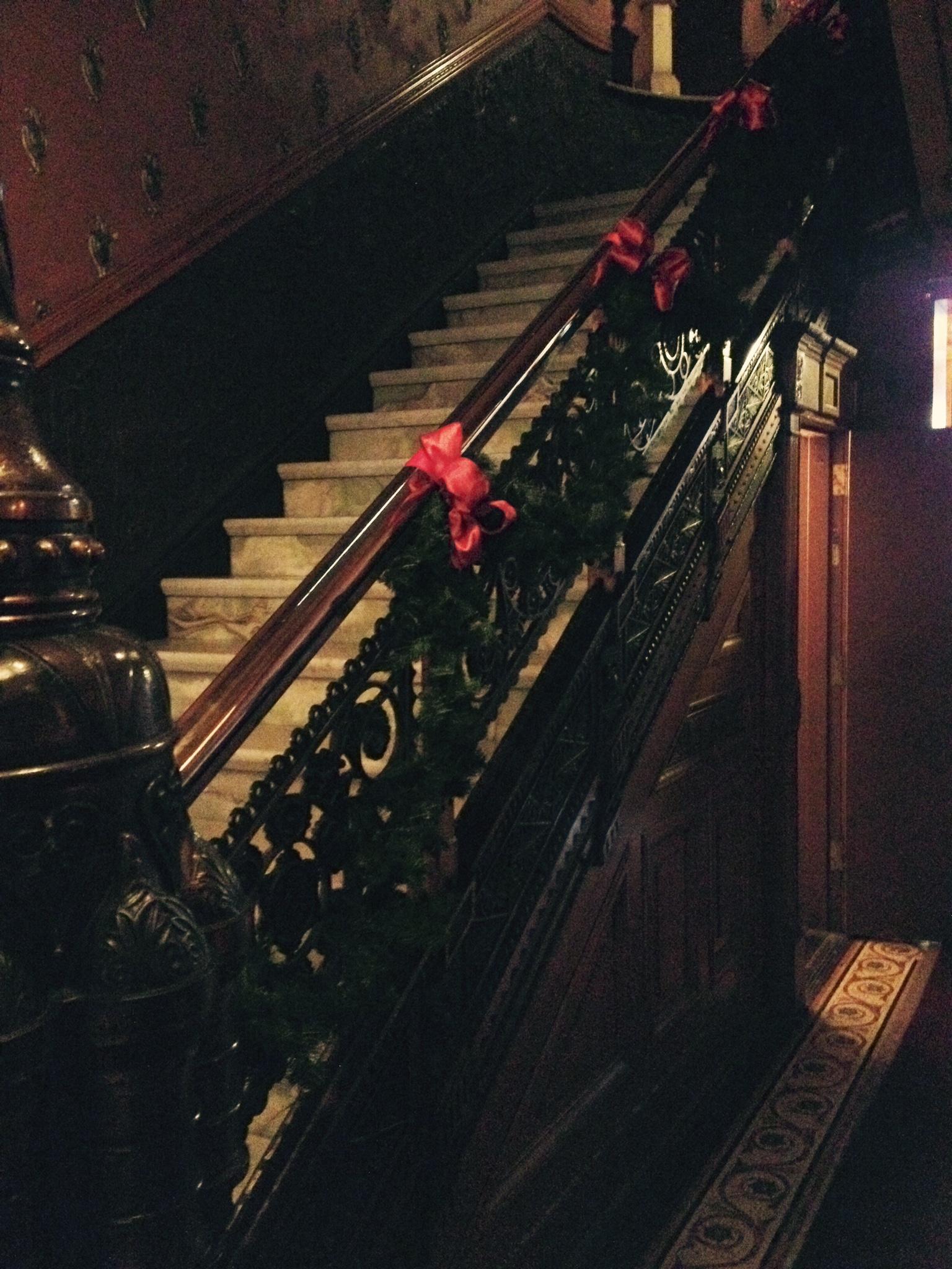 Christmas2015_StairRailing.jpg