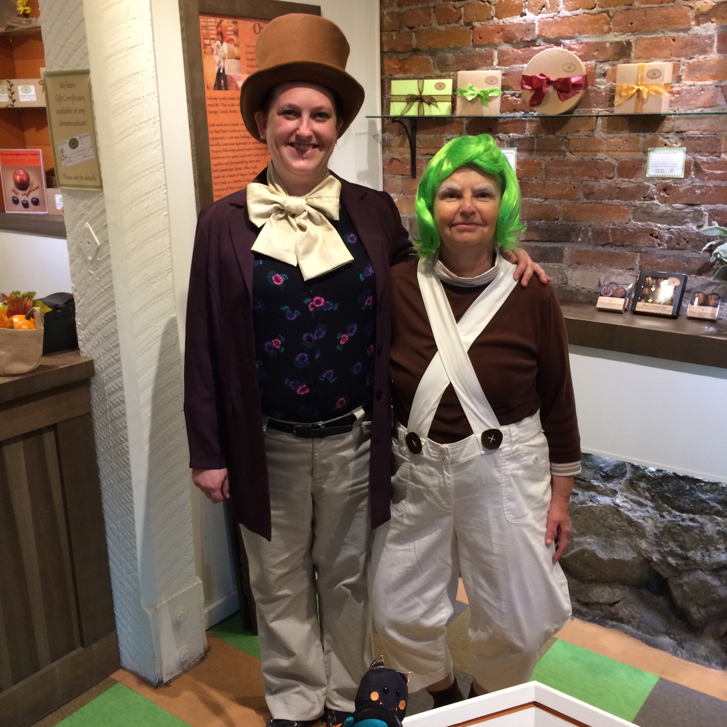 Leah & Cyndy dressed up for Hallowe'en as characters from Willy Wonka & The Chocolate Factory.