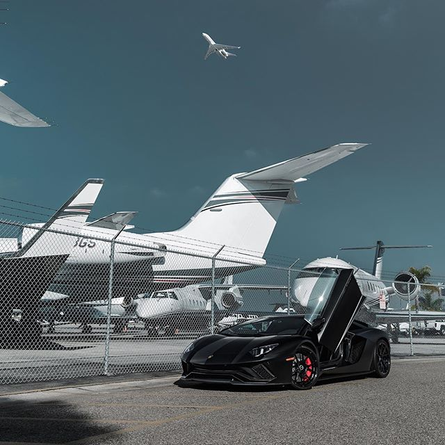 Best of both worlds www.activfilms.tv | #stayactiv @boden_autohaus #lamborghini #aventador